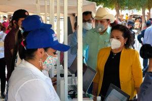 Municipio atiende rezagos de agua potable, drenaje y alumbrado en León Fonseca